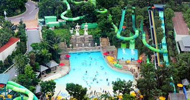 Sentosa Adventure Cove Waterpark
